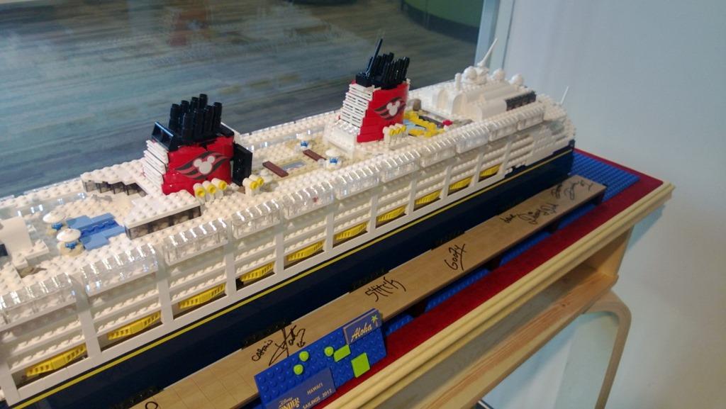 AndrewOlsoncom - Toy disney cruise ship