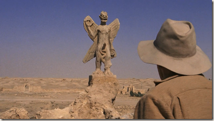 Father Lankester Merrin encounters the demon Pazuzu statue in Iraq