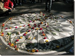 Strawberry Fields - John Lennon Memorial in Central Park